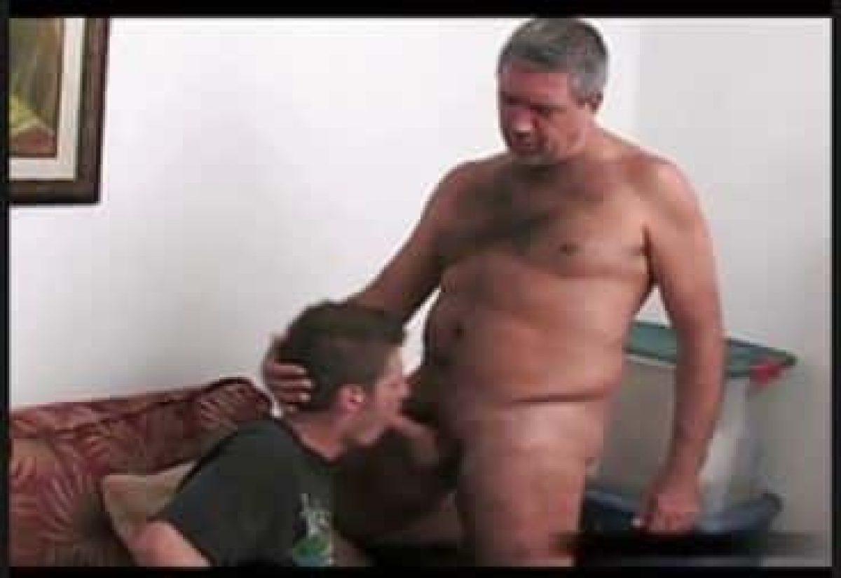 Padre Follando Con Su Hijo Porno Gay llegué a la casa y me encontré con un hombre, era el padre