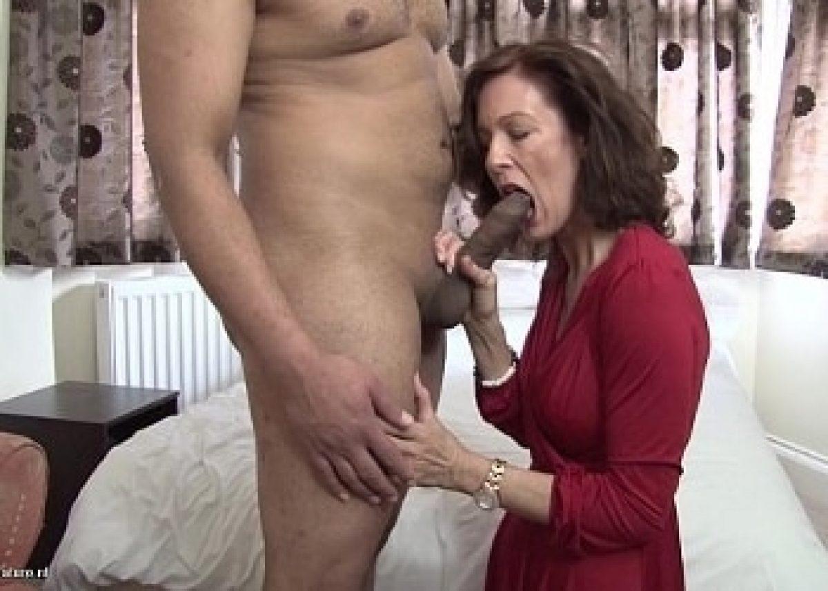 A Mami Se Le Transparenta El Vestido Porno hace un par de meses tuve sexo con mi madre ebria por